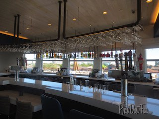 Paddlefish indoor bar